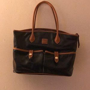 Dooney and Bourke black tote purse